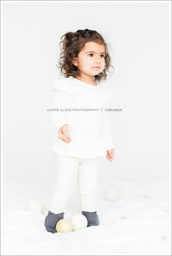 Vancouver_Children's_Photographer_Modern_Classic_Chic_Natural_Light_Studio_0009