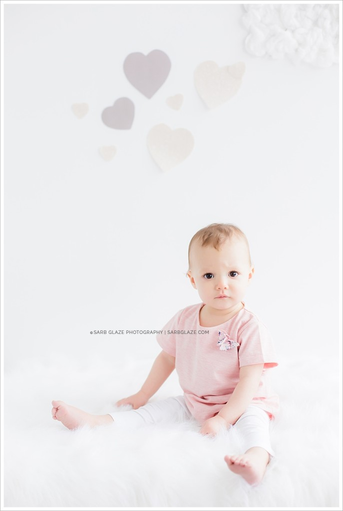 Mini_Session_Natural_Light_Studio_Modern_Upscale_Vancouver_Baby_Photography_0002