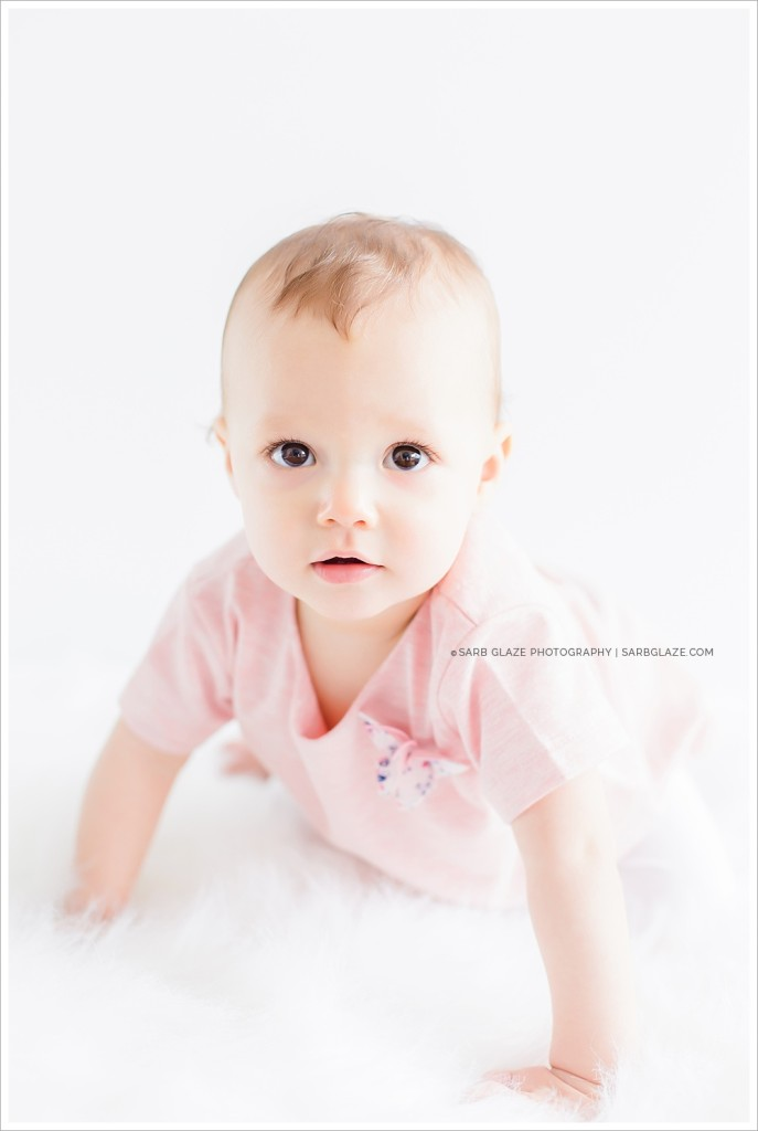 Mini_Session_Natural_Light_Studio_Modern_Upscale_Vancouver_Baby_Photography_0005