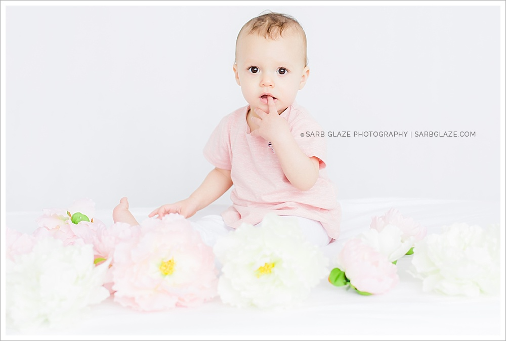 Mini_Session_Natural_Light_Studio_Modern_Upscale_Vancouver_Baby_Photography_0007