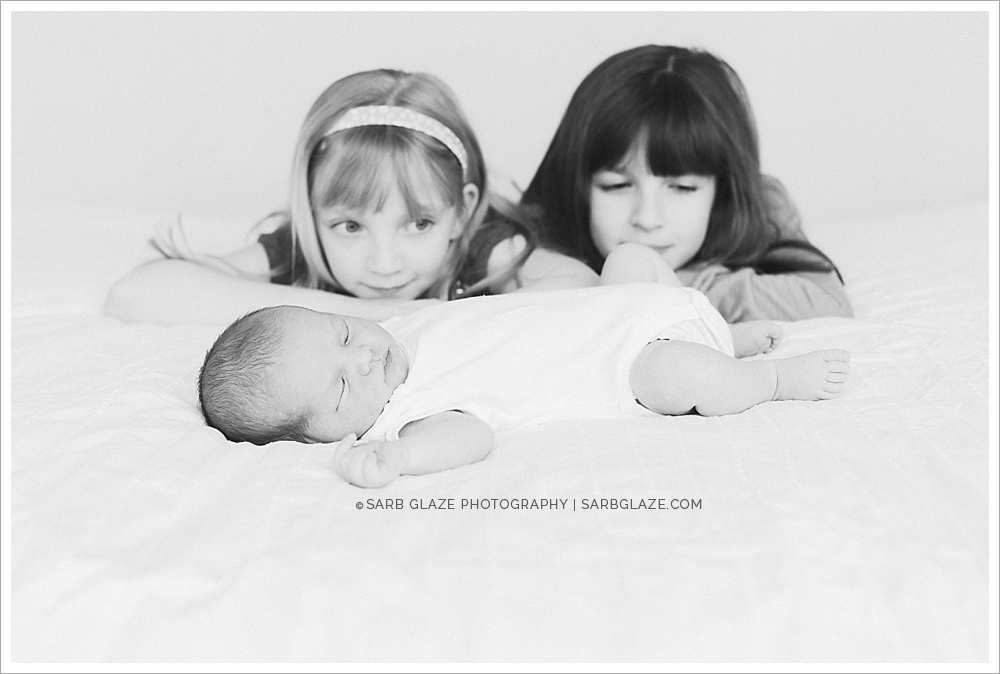 Newborn_Studio_Vancouver_Photographer_Lifestyle_Unique_Photography_Modern_0011