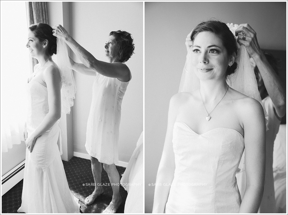 Vancouver_Wedding_Photographer_Sylvia_Hotel_Yaletown_First_Look_0003