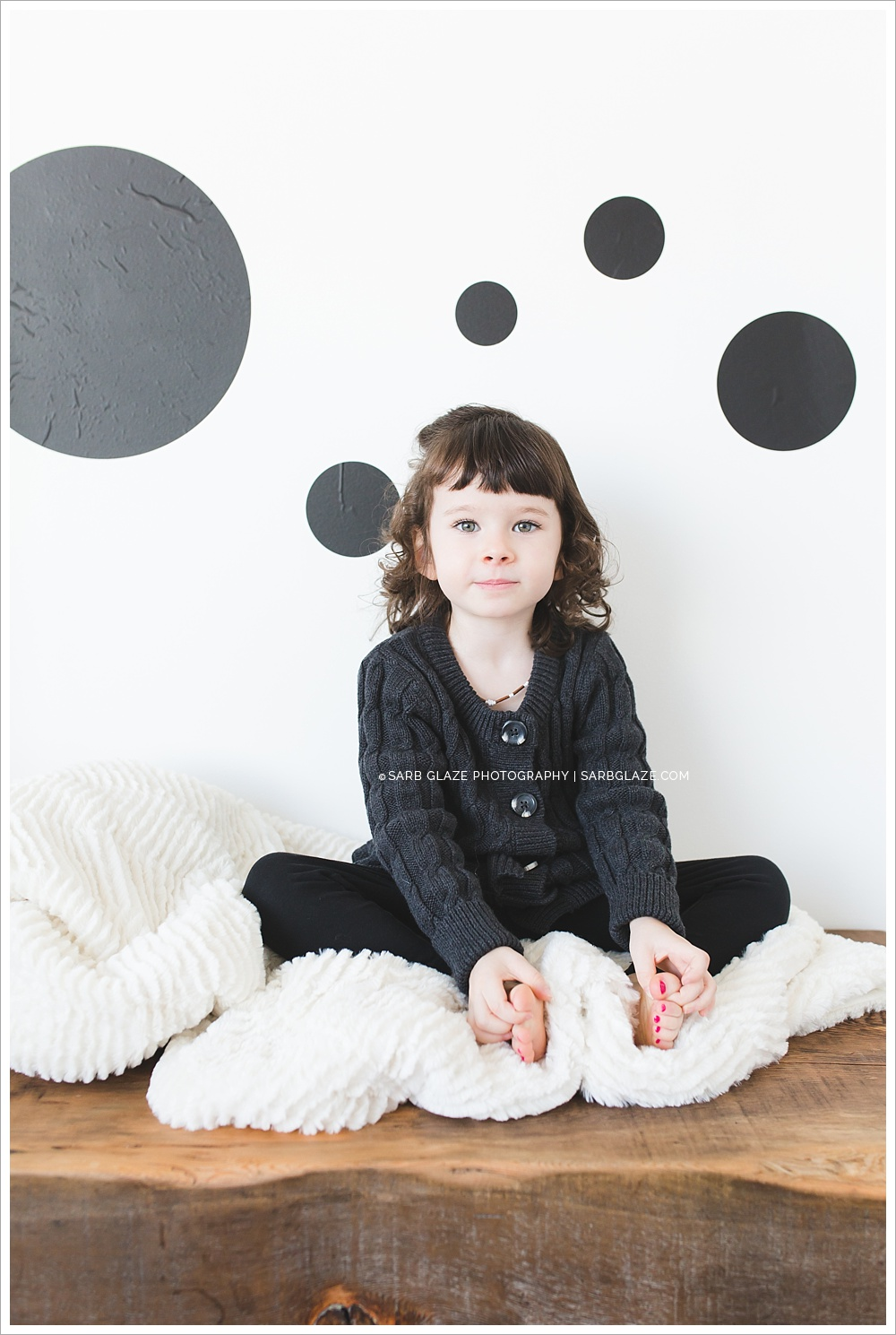 Holiday Short Story Sessions | Abigail | Vancouver Children's Photography Studio