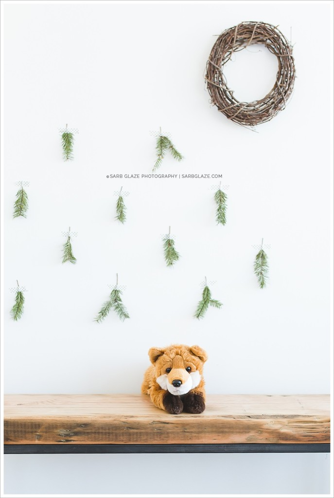 Suzanne Vardy_Christmas_Holiday_Mini_Session_Vancouver_Children's_Natural_Light_Studio_Portrait_Photographer_Modern__0005