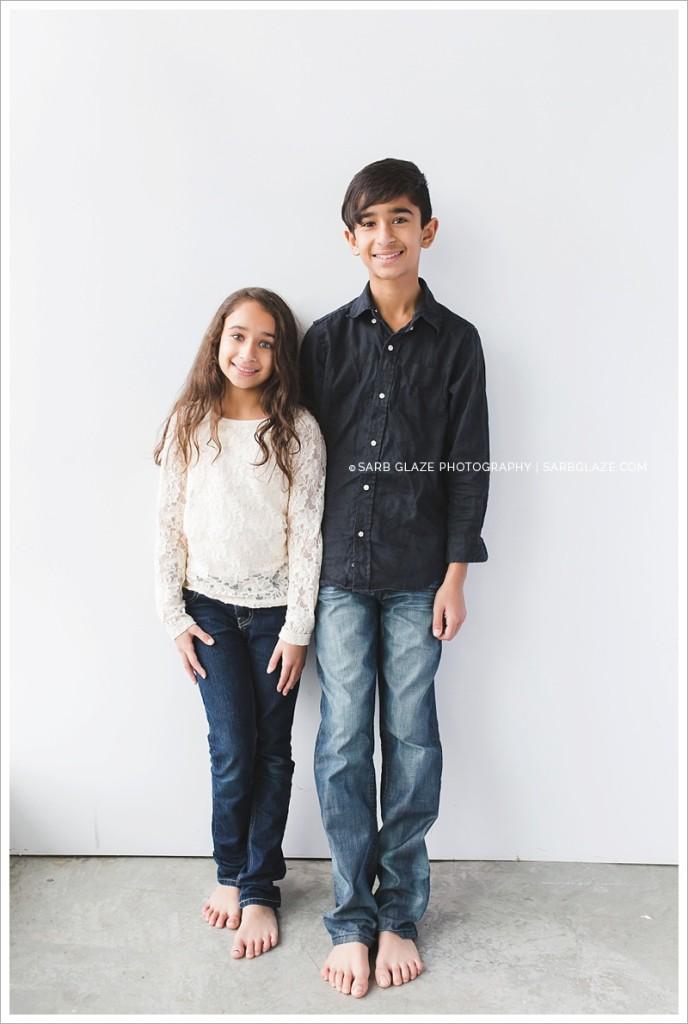 Vancouver_Siblings_Modern_Natural_Light_Portrait_Photography_Studio_Siblings_0002