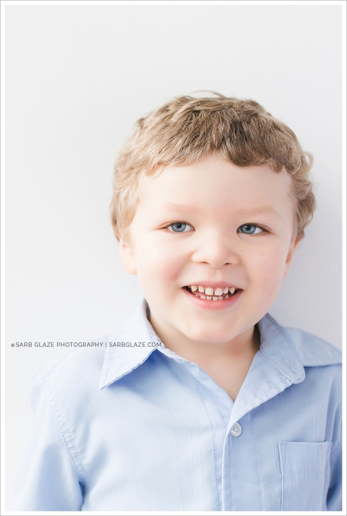 Vancouver_Modern_Portrait_Studio_Photographer_for_Hip_Children_Baby_Families_Mini_Session_Short_Story_0003