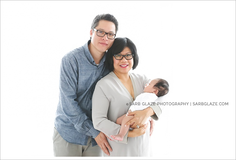 West_North_Vancouver_Newborn_Photographer_Family_Siblings_Studio_Portraits_Fresh_Clean_Modern_0011