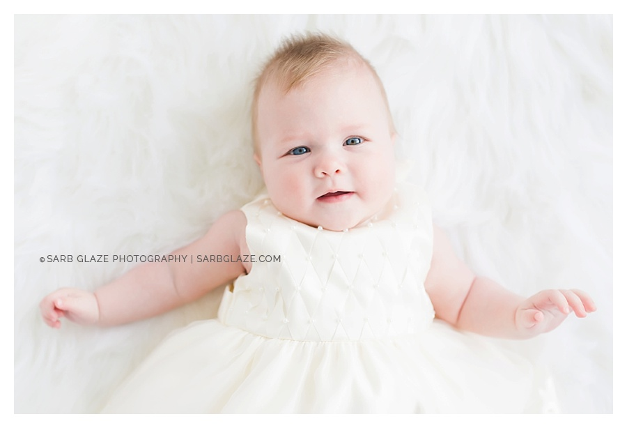Vancouver_Baby_Portrait_Photography_Studio_Natural_Light_Fresh_Modern_Clean_Minimal_0001