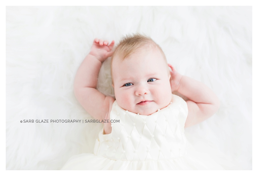 Vancouver_Baby_Portrait_Photography_Studio_Natural_Light_Fresh_Modern_Clean_Minimal_0002