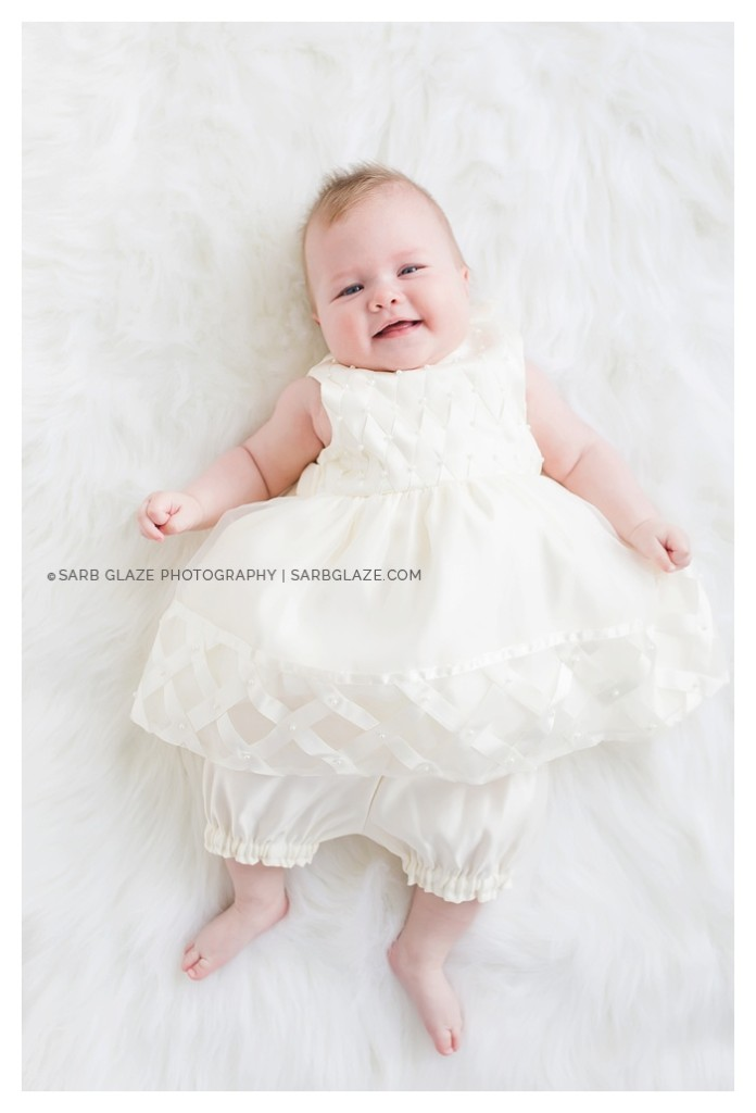 Vancouver_Baby_Portrait_Photography_Studio_Natural_Light_Fresh_Modern_Clean_Minimal_0003