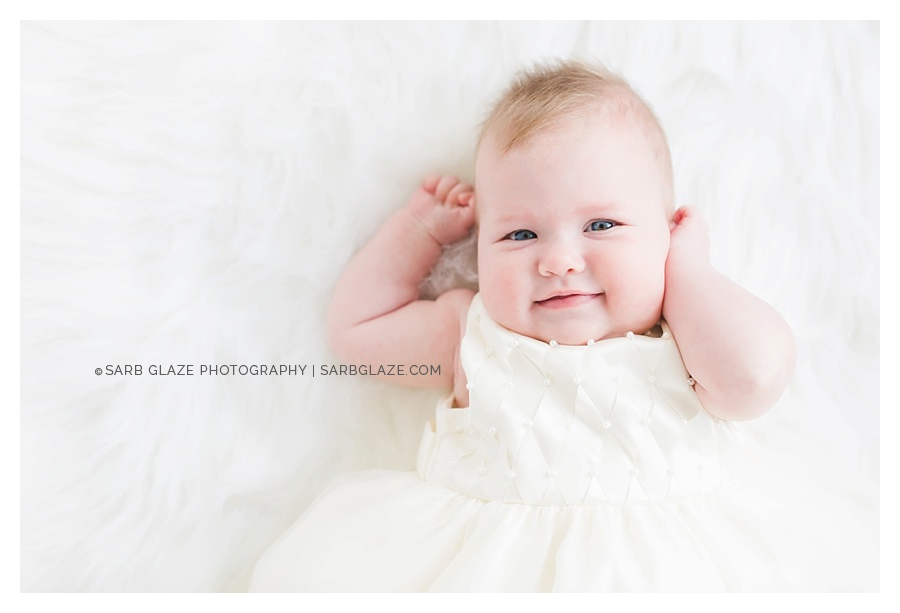 Vancouver_Baby_Portrait_Photography_Studio_Natural_Light_Fresh_Modern_Clean_Minimal_0004