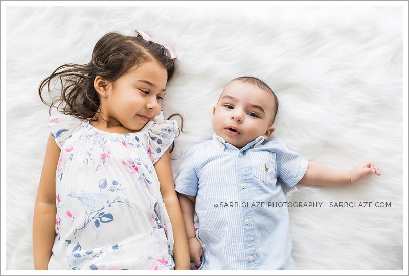 sarbglazephotography_SienaCaleb_Vancouver_Bright_Airy_Children's_Photography_Studio_0006