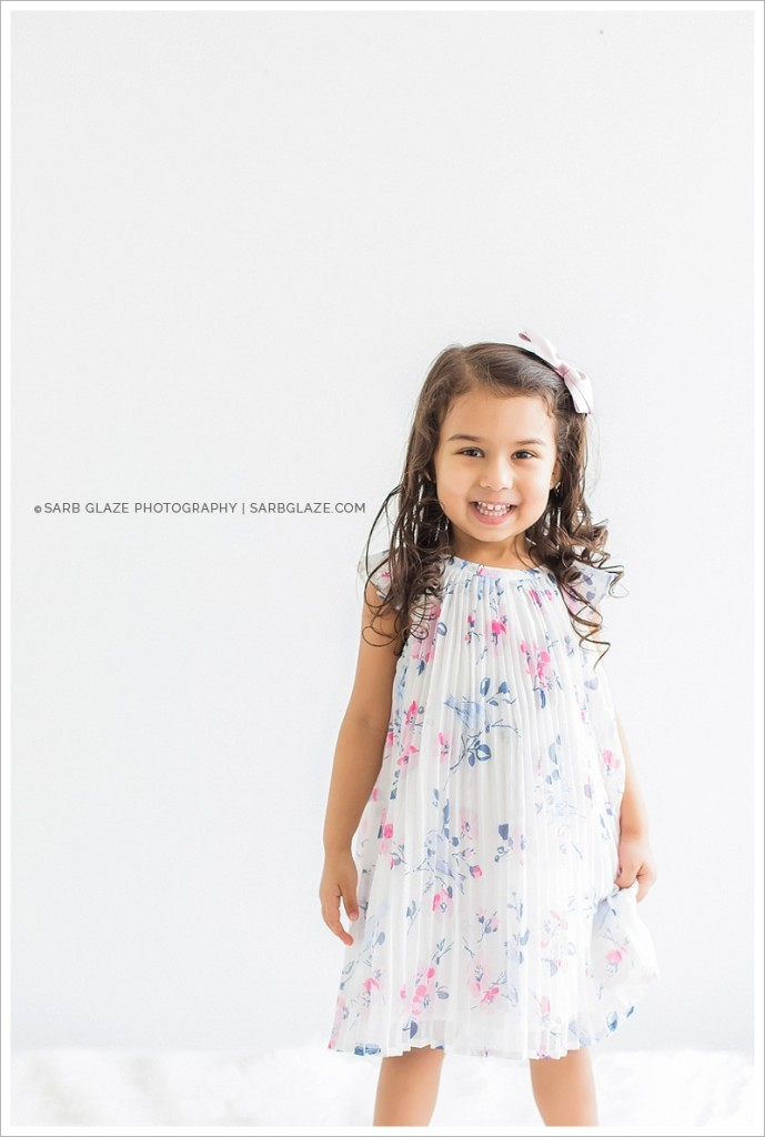 sarbglazephotography_SienaCaleb_Vancouver_Bright_Airy_Children's_Photography_Studio_0011