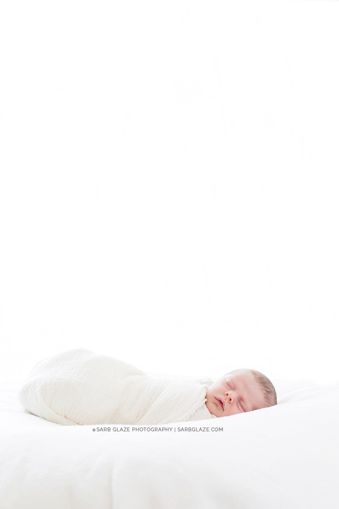sarbglazephotography_modern_natural_newborn_photography_studio_vancouver_0004