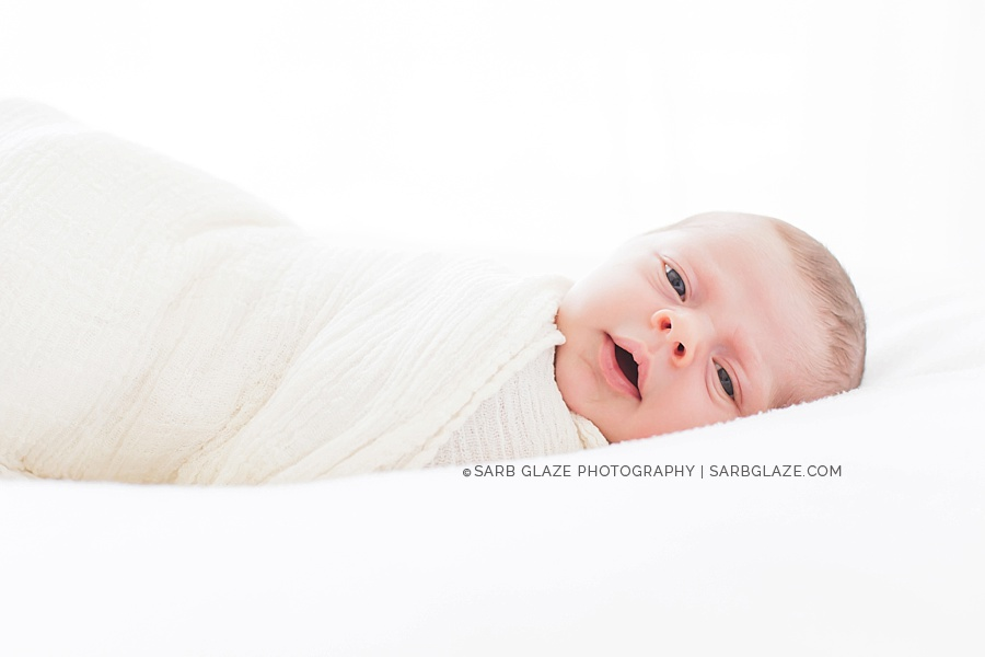 sarbglazephotography_modern_natural_newborn_photography_studio_vancouver_0005