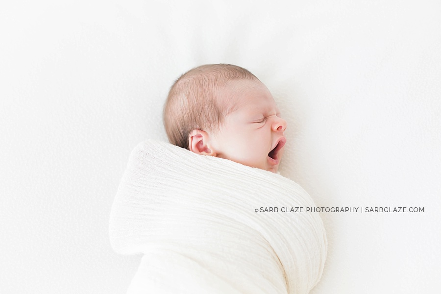 sarbglazephotography_modern_natural_newborn_photography_studio_vancouver_0006