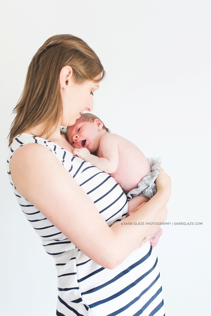 sarbglazephotography_modern_natural_newborn_photography_studio_vancouver_0019