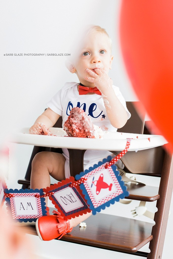 sarbglazephotography_vancouver_photography_studio_birthday_cake_smash_mini_session_0012