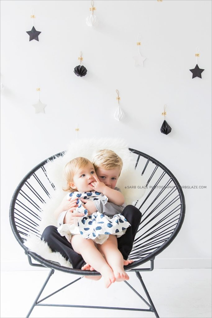 vancouver_christmas_holiday_mini_session_modern_bright_photographer_0007