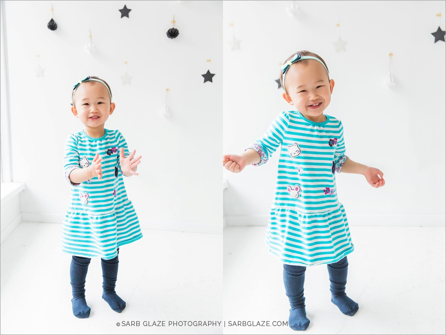 vancouver_natural_light_studio_christmas_holiday_photographer_modern_mini_session_0012